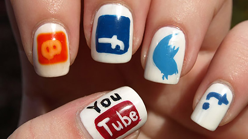 4-ways-turn-social-media-fans-raving-loyal-customers