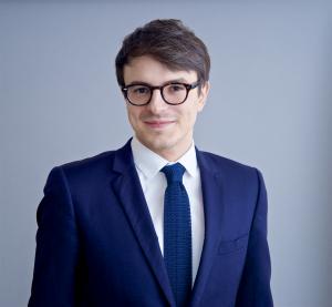 Alexandre Balducci, également avocat au cabinet K&L Gates LLP.