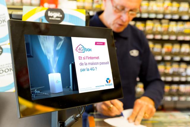 Exemple de campagne DOOH de Performics pour Bouygues Telecom avec la technologie Displayce.