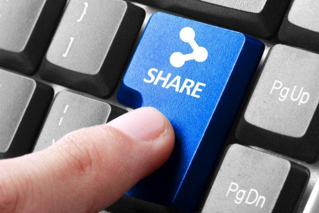 Share, réseaux sociaux.