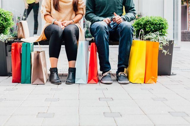 e-Commerce: savoir surfer sur la convivialité des Fêtes (étude)