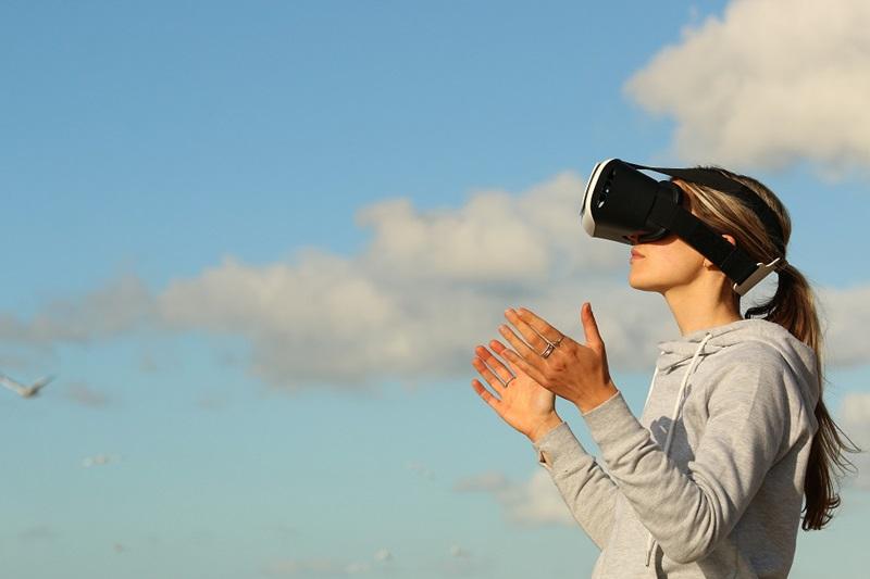 VR : Facebook prépare le lancement d'Horizon